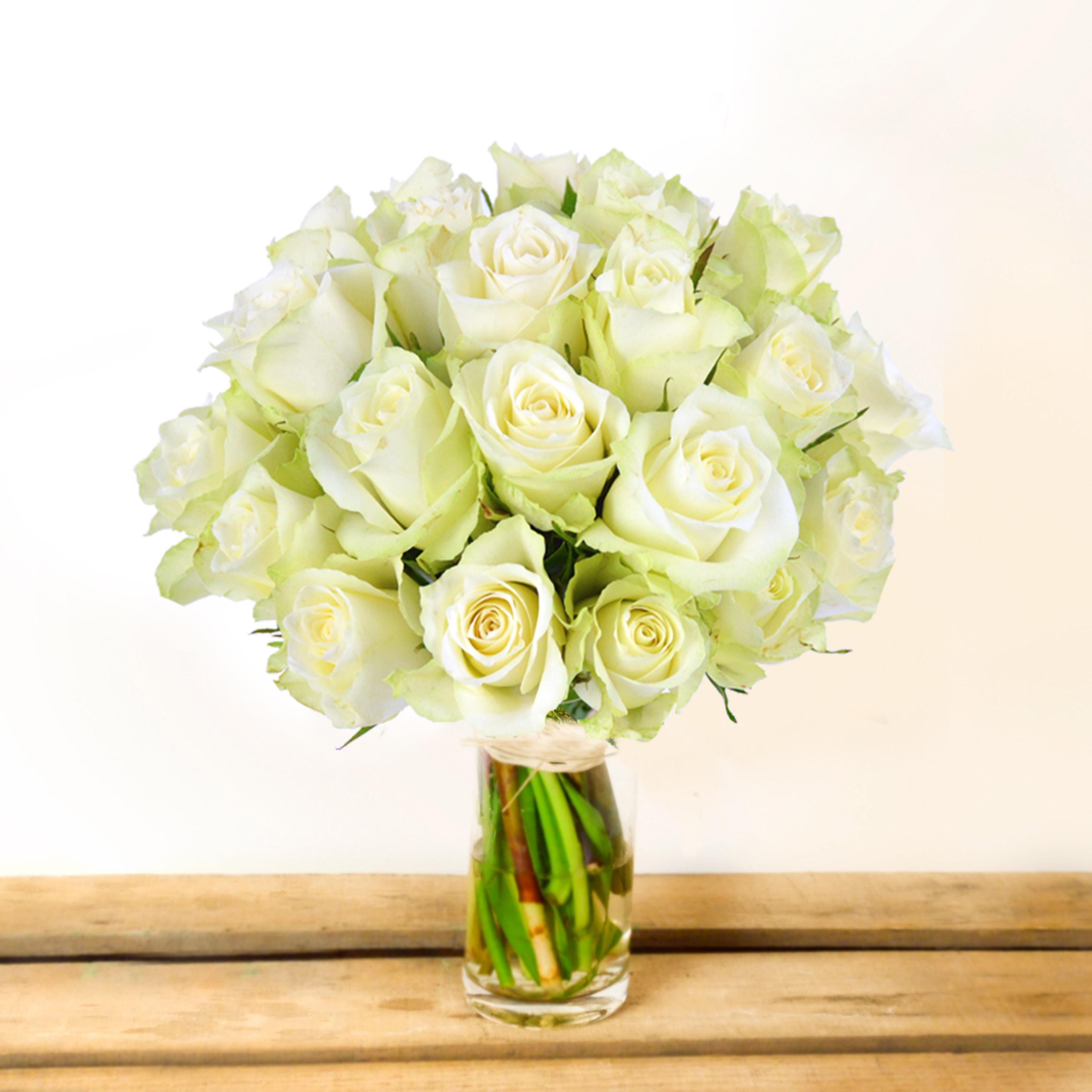 Relativ Bouquet de Roses blanches - plantationmacintosh SL71